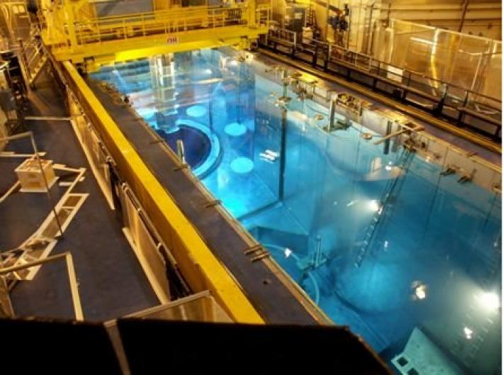 Reactor Cavity Decontamination, Paris 2013